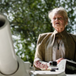 Vivian Westwood navigates tank to David Cameron's home in fracking demonstration